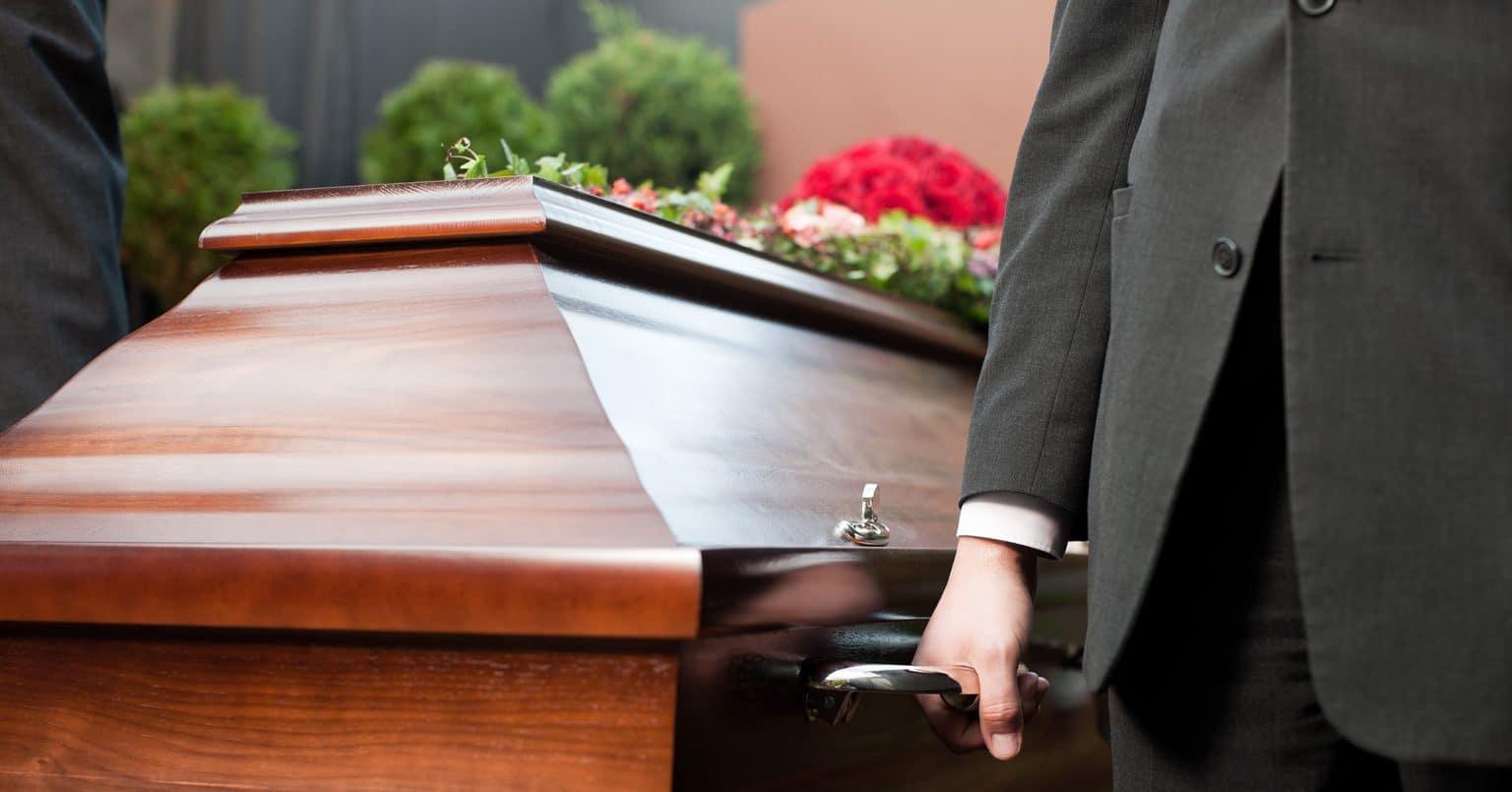 Quelles sont les missions du chauffeur porteur funéraire ?